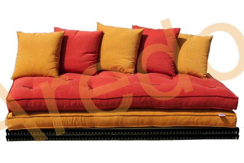 Divano letto futon matrimoniale pacha caleido arredo e for Divano letto matrimoniale comodo