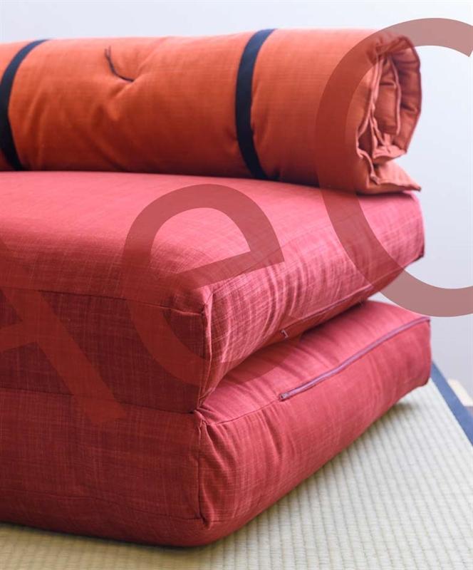 Pouf letto futon chiocciola arredo e corredo for Letto futon