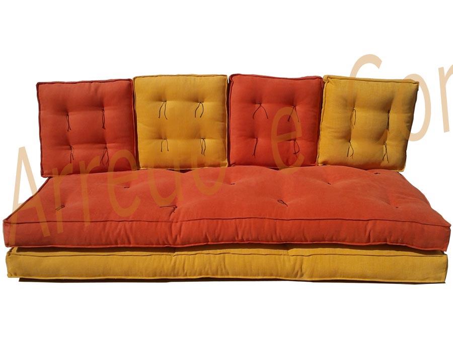 Divano letto futon pacha caleido matrimoniale arredo e for Divano letto futon